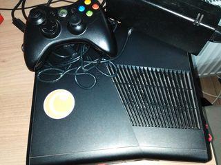 Xbox 360, Un joystick,