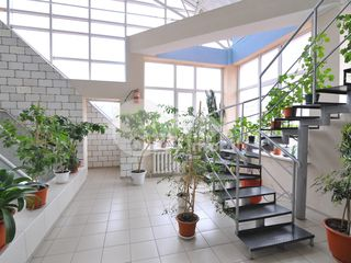 Botanica! Oficii spre chirie, 17,6 mp, str. Independenței, 125 € !