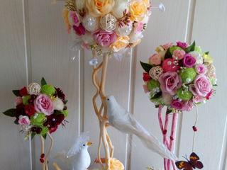 Цветочные и кофейные топиарии и композиции, букеты из конфет, букет невесты.