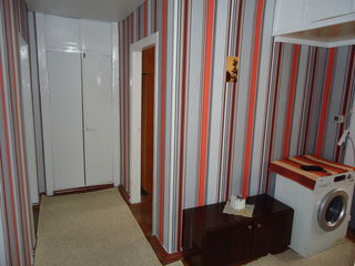Сдаётся 3 комнатная квартира ! Ремонт ! Автономное отопление ! Хорошее месторасположение!