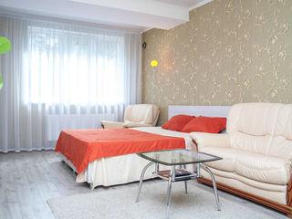 Trei dormitoare pentru 4 - 6 persoane / Три спальни для 4 - 6 персон в центре !!!