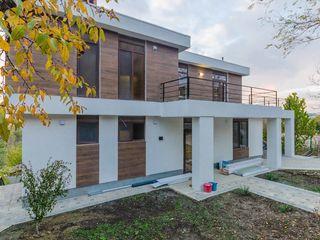 Chirie, casă nouă, stil High Tech, 4 dormitoare + salon,  1300€