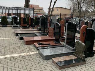 Monumente funerare granit - Monumente Premium