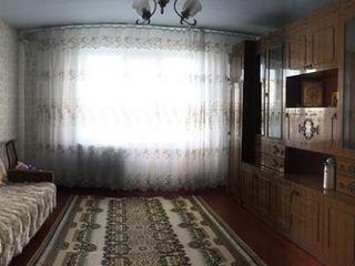 Продается  3-х комнатная квартира в районе 15 мк-на
