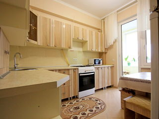 Chirie! Apartament cu 2 odai, 47 m2, Buiucani, str. N. Costin. Euroreparație!