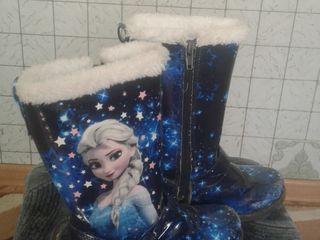 Продам качественную обувь для девочек