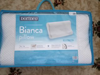 Продам 2 анатомические подушки Dormeo
