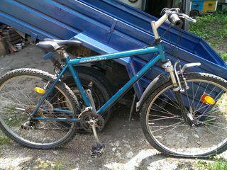 Vind bicicleta sportiva 6 viteze x 3 din Germania 1200 lei