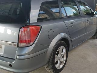 Opel Astra H se dezmembreaza 1.7 (dth) Продам Запчасти Opel Astra H