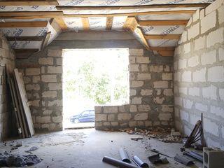 De vinzare casa nou construita nefinisata cu II nivele Centru, Cahul