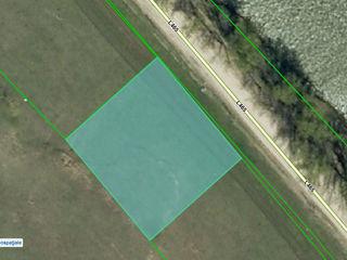 Schimb - 25 de ari pentru constructia bazei agroturistice pe malul iazului din Costesti