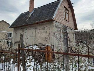 Дом, в Яловенах, 6 соток, 2 уровня, 80 м2!