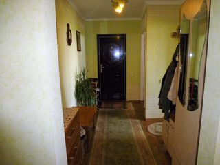 Apartament cu 3 odai in or. Ungheni