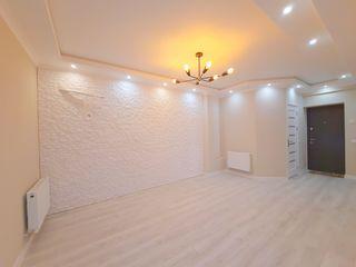 Apartament în bloc nou, reparație recentă, 2 camere cu salon (debara cadou)