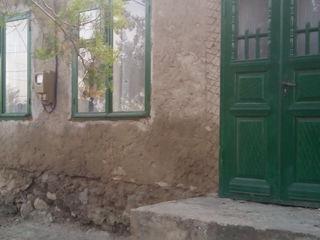 Продам котельцовый дом в центре города Комрат!