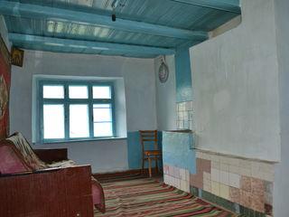 Срочно продается дом 30 сотками Земли. В Хынчештском районе . Село Стольничены