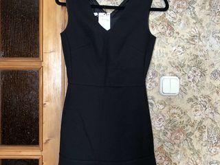 Платья и юбки Mango, Zara, H&M