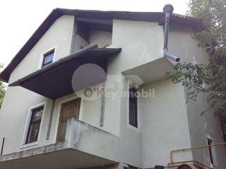 Casa cu 2 nivele, Ialoveni, 120 mp, lingă lac, 33000 € !