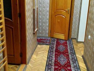 центр 2-х комнатная 250 евро в месяц, пр. Григоре Виеру