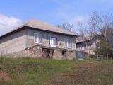Se vinde casa in Chiscareni