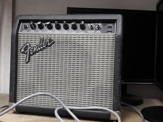 Гитарный комбик Fender Bullet Amp PR-241 38W