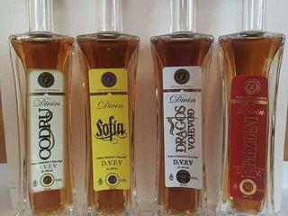 Sticluțe alcool de mici dimensiuni 50ml pentru cadouri, suvenire sau colecție