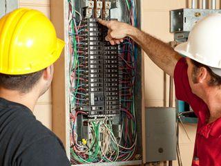 Electrician profesional fără intermediari. Lustre, prize, schimb cablu partial sau total