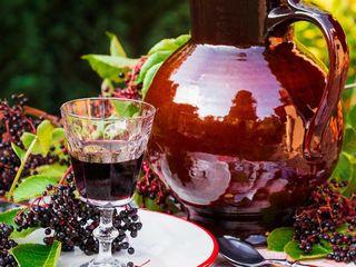 vin de casa rosu, Tuica(Samagon)din vin de casa Calarasi