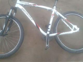 Vind 2 biciclete