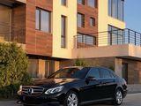 Mercedes-Benz E class facelift(restyling) alb/negru