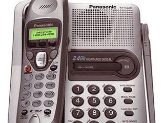 Panasonic KX-TG2237S Digital Cordless Speakerphone with Caller ID идеальный