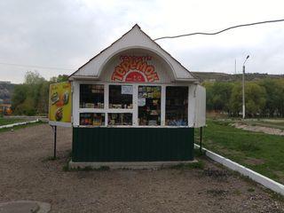 Продается функционирующий торговый киоск ул.Вальченко г.Рыбница у р.Днестр в р-не набережной-$1499