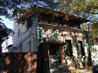 Se vinde clădire pentru restaurant în centru orașului