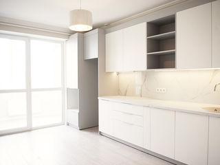 Sprincenoaia, apartament cu euroreparatie, 3 odai (2 odai + living). Bloc nou