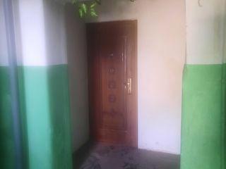 Продам 2-комнатную квартиру.