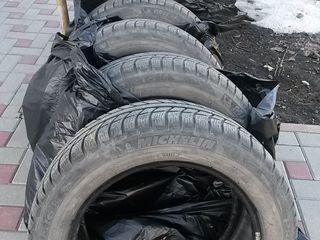 Комплект зимних шин 4х шины Michelin 205/55/R16