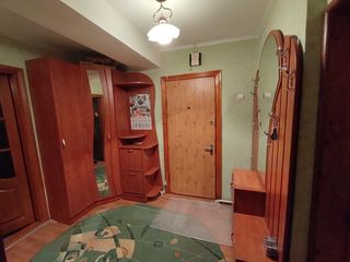 Apartament 4 camere, or. Cupcini