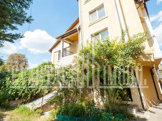 Spre vanzare casa amplasata in Centrul capitalei, pe strada Sciusev!