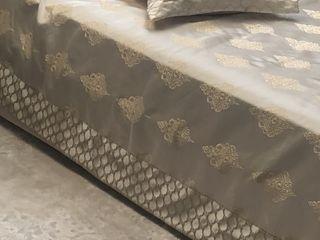 Накидка на спальню с 2-мя наволочками