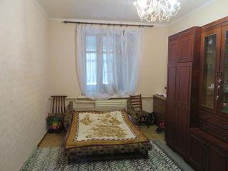 Продаются помещения (жилые c коммерцией) в м.Чадыр-Лунга