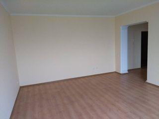 Apartament cu  2 odai, etajul 6 din 10, pret negociabil