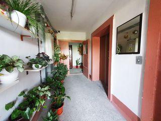 Vinzare Urgenta apartament cu o odaie 45 m.p, Botanica, Bd. Dacia