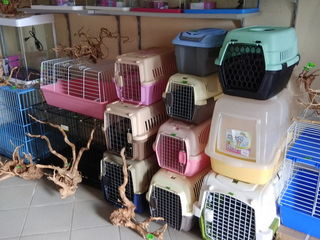 Мунчешть 94.Корма для собак,кошек.Переноски,амуниция,миски,фурминаторы,селикогель,игрушки.
