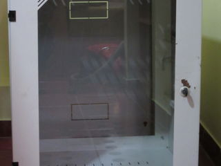 Шкаф металлический настенный для сетевого оборудования,  600x450 мм, Rack Mount 18U, б/у