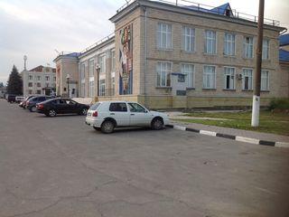 Se vinde lot de teren pentru construcții în centrul administrativ din orașul Hîncești