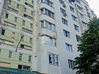 Se vinde apartament cu 2 odai, seria 143, mobila, 52 m.p..