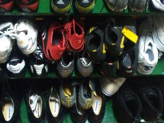 Adidasi pentru fodbal(bute)