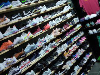 Adidasi.Ghete. Kроссовки Nike Puma Adidasi Original 100% din magazine specializate Anglia Italia