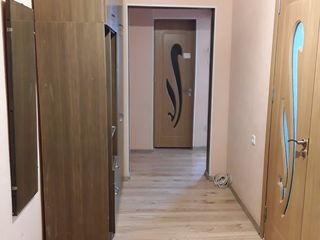 Сдается двух комнатная квартира в центре города