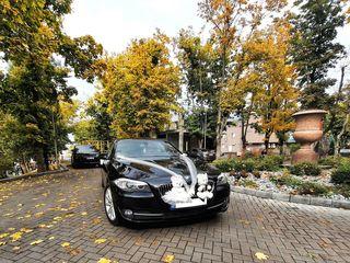 Solicită BMW cu șofer pentru evenimentul Tău! Aveți 2 BMW disponibile la doar 2300 lei/zi!